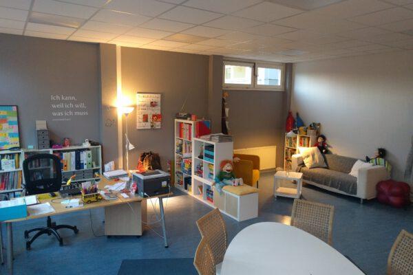Schulstation Amalie 01